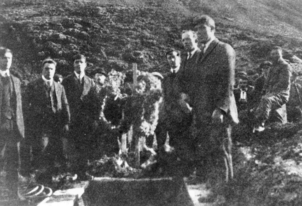 The Shetland pallbearers Image ©Shetland Museum & Archives