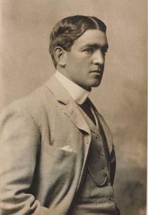 Portrait of Shackleton Image ©Dundee Heritage Trust